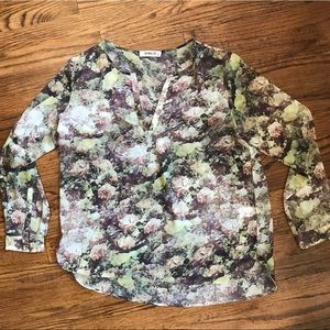 Sam and Lavi Floral Top